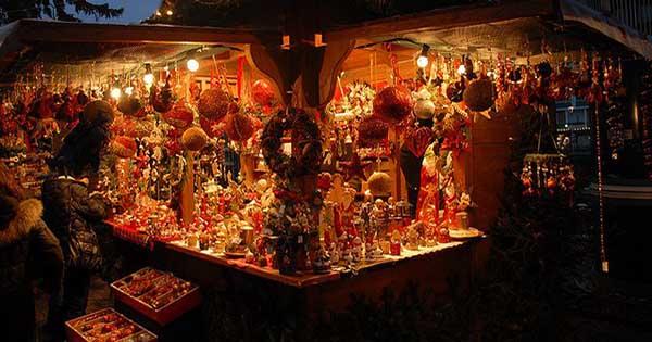 A genzano aprono oggi i suggestivi mercatini di natale for Mercatini roma oggi